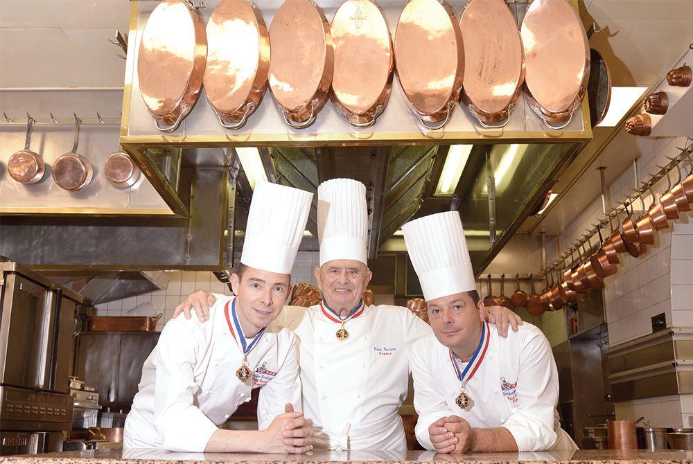 http://www.toques-blanches-lyonnaises.com/file/2015/08/restaurant-paul-bocuse-gilles-reinhardt-paul-bocuse-christophe-muller.jpg
